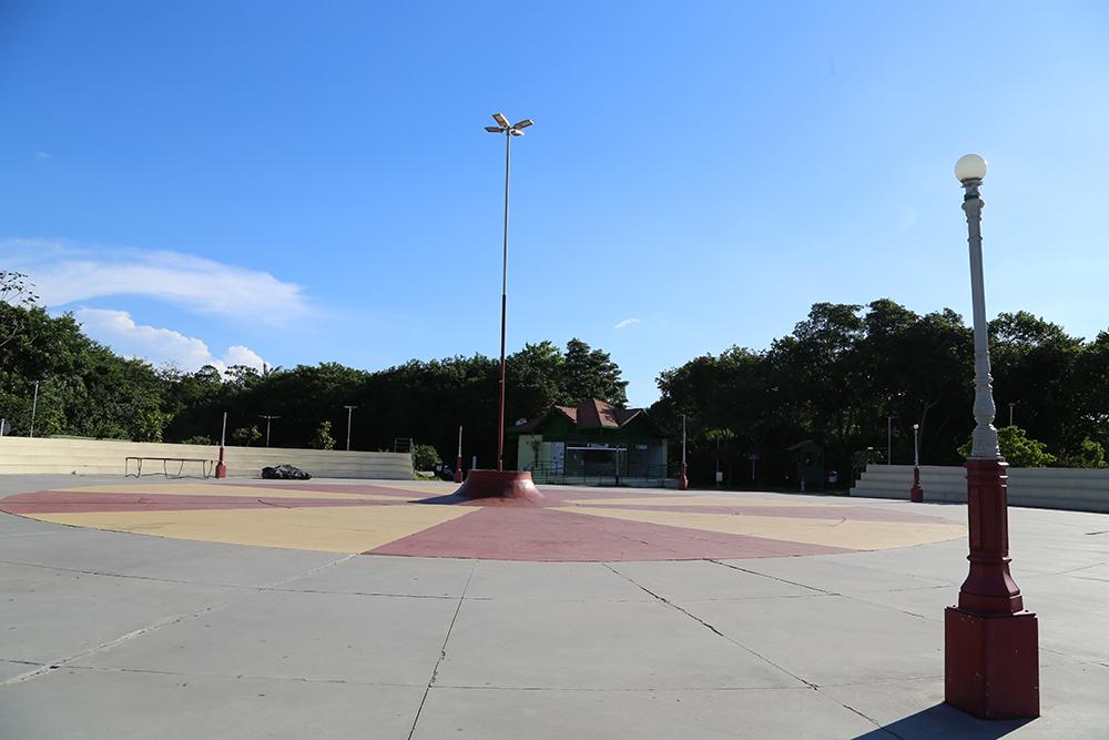 parque bilhares 12
