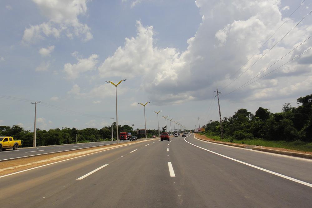 estrada Am070