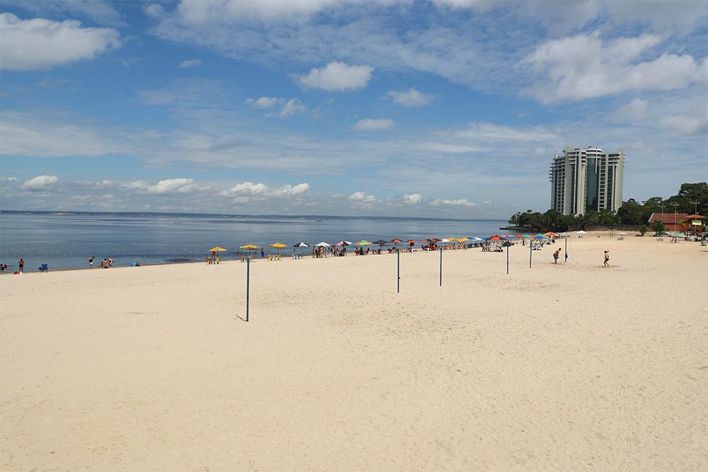 Praia da Ponta Negra em Manaus. Foto: Tereza Cidade