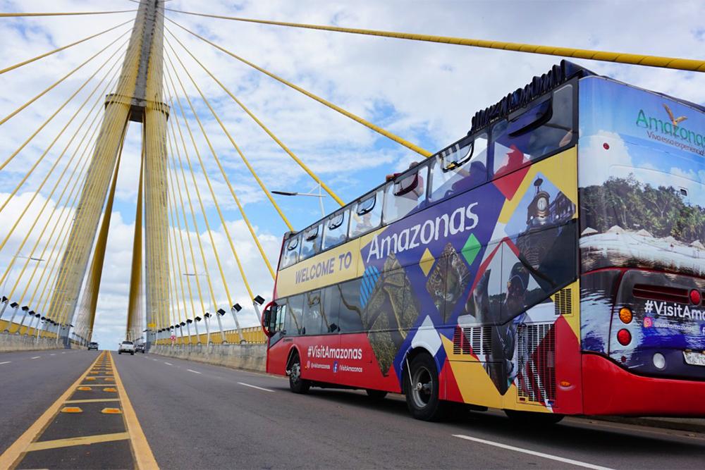 Amazon Bus volta com city tour duas vezes por mês e shows de bumbás em julho