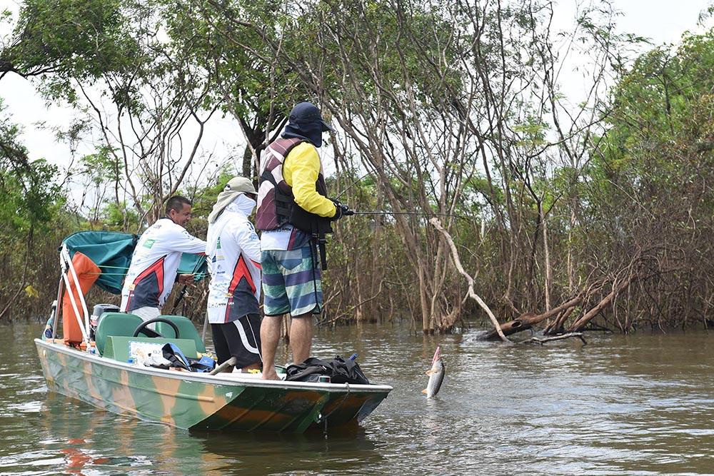 Pesca no Amazonas