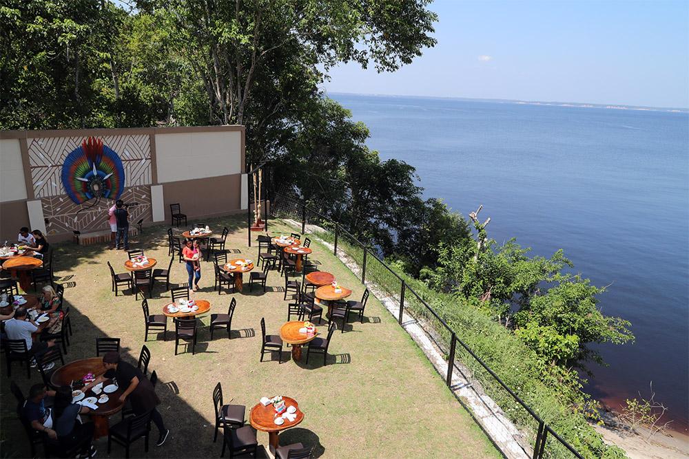 Café com Leite, na Ponta Negra