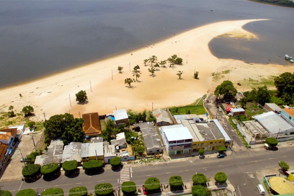 Belas praias de Maués