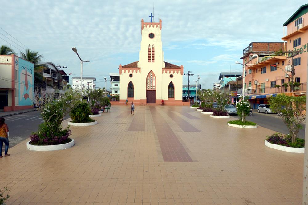Os festejos de Santa Teresa D'Ávila, em Tefé