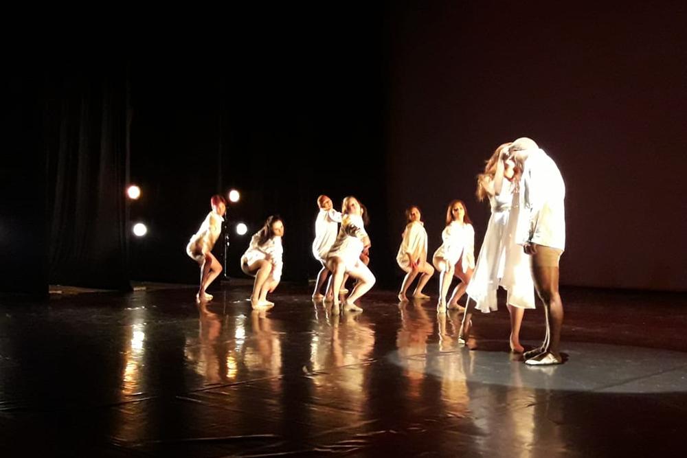 Festival Amazonas de Dança no Teatro Amazonas