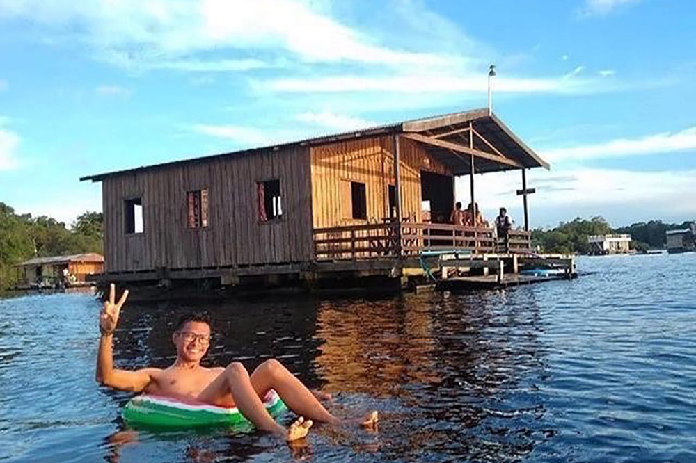 Flutuantes próximo a Manaus: Ecolazer