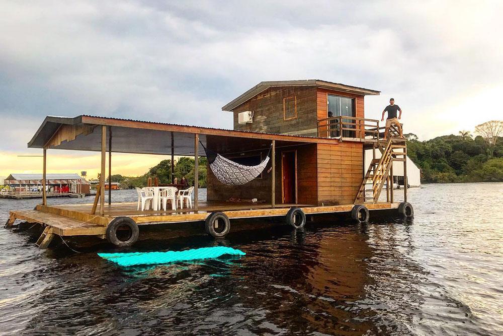 Flutuantes próximo a Manaus: Flubinho