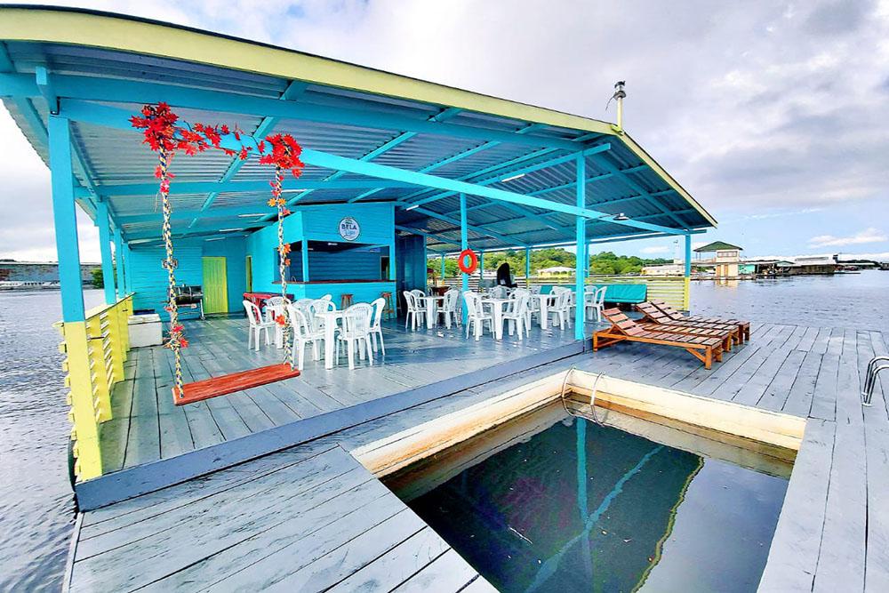 Flutuantes próximo a Manaus: Bela Vista