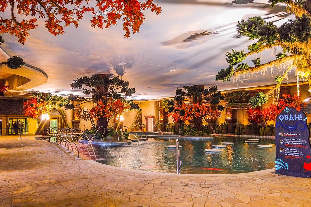 Acquamotion é o primeiro parque aquático indoor com águas termais da América do Sul