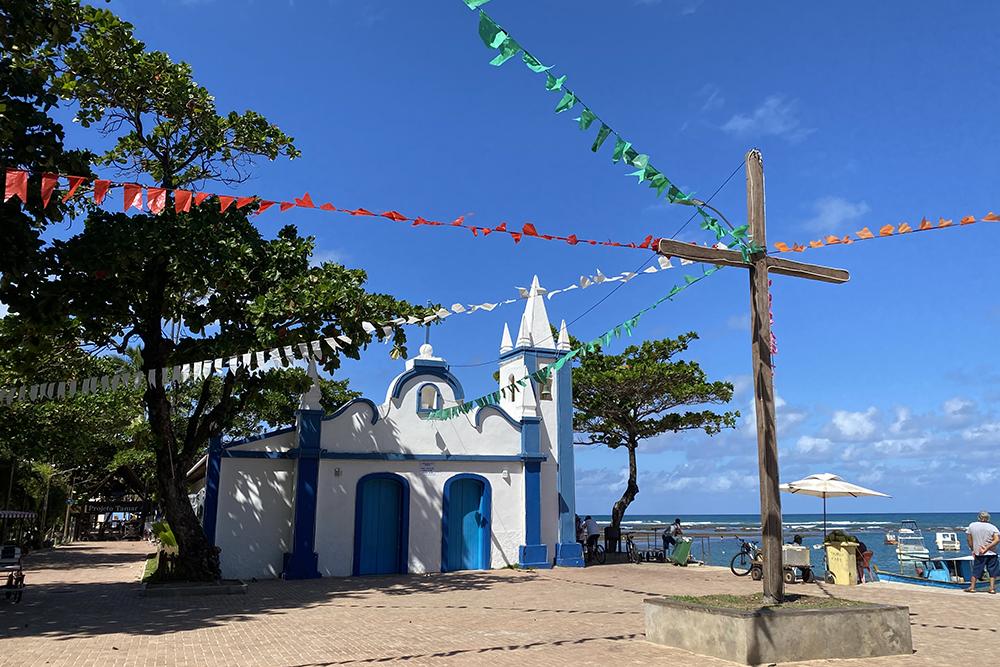 Litoral norte da Bahia: conheça as belas praias da Estrada do Coco/Linha Verde